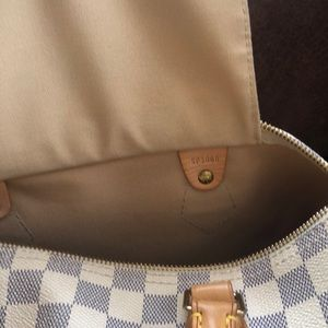 Louis Vuitton Bags - ‼️SOLD‼️Authentic Louis Vuitton